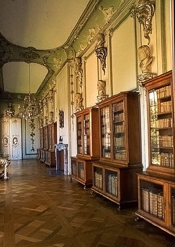 Library%20of%20the%20Prussian%20King%20Frederic%20the%20Second%20in%20Potsdam%2C%20Germany.jpg