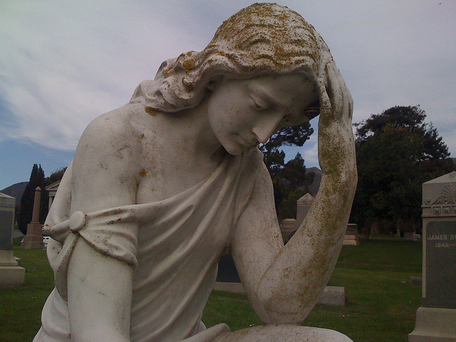 Holy Cross Cemetery, Colma