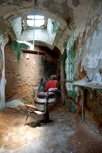 Eastern State Penitentiary - Prison Barbershop - Curious Expedition