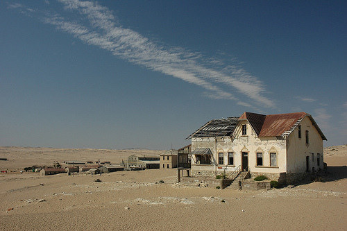 Resultado de imagem para Kolmanskop, Namíbia