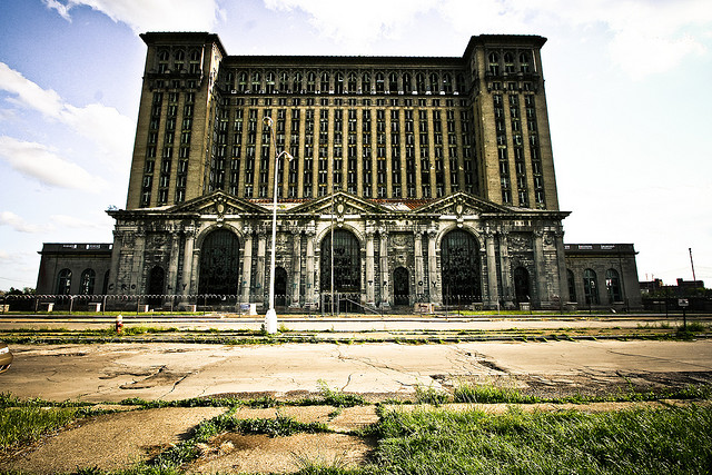 Michigan Central Station - Detroit Ruins - Atlas Obscura Photo History